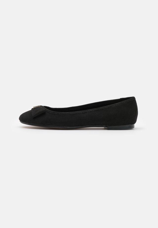 SHEILA - Ballerina's - black