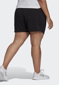 adidas Performance - ESSENTIALS SLIM LOGO SHORTS (PLUS SIZE) - Pantalón corto de deporte - black/white - 1