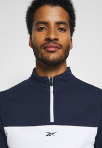 Reebok - LINEAR LOGO SET - Tracksuit - dark blue - 5