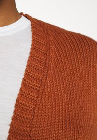 ONLY - ONLLEXI CARDIGAN - Cardigan - ginger bread - 5