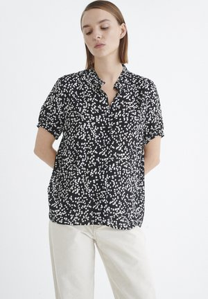 FIAIW  - Button-down blouse - black windy dots