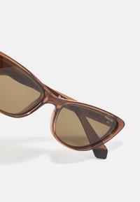 Polaroid - Sunglasses - brown - 3