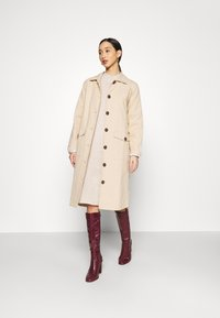 Monki - MALOU DRESS - Strikket kjole - beige light - 1