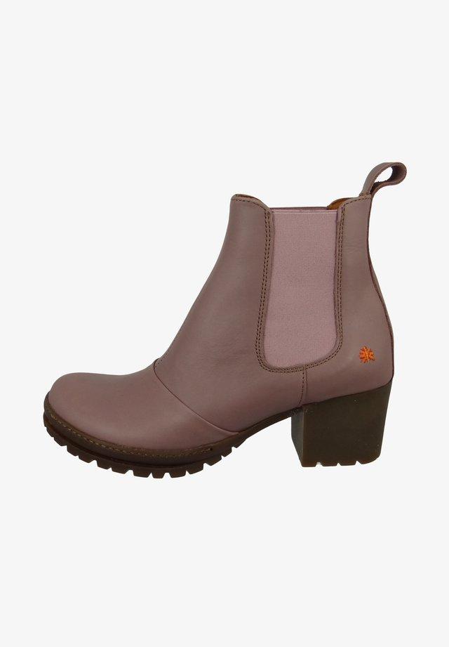 CAMDEN - Ankle boots - malva