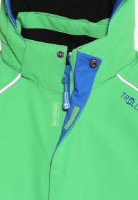 TrollKids - KIDS HOLMENKOLLEN SNOW JACKET PRO - Snowboard jacket - bright green - 3