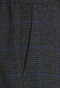 Antony Morato - CARROT PANT RALPH - Broek - dark grey melange - 2
