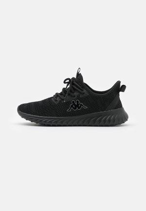 CAPILOT - Zapatillas de entrenamiento - black