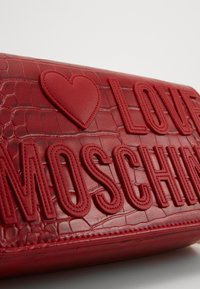 Love Moschino - BORSA - Across body bag - red - 4