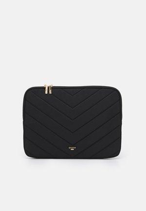 QUILTED LAPTOP SLEEVE - Laptop bag - black