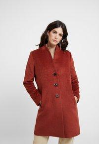 comma - Classic coat - mahagony - 0