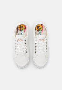 Blowfish Malibu - VEGAN VESPER - Sneakersy niskie - white - 5