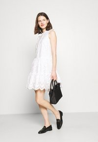 Rosemunde - DRESS - Košilové šaty - new white - 1