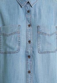 Marks & Spencer London - RELAXED - Overhemdblouse - blue denim - 2