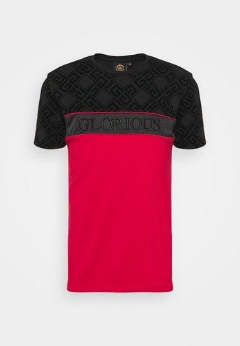 VARTAN TEE - Print T-shirt - red