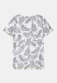 Cars Jeans - JUNEAU - T-shirt imprimé - white - 1