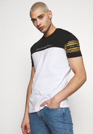 KINGS WILL DREAM - Print T-shirt - white/ gold