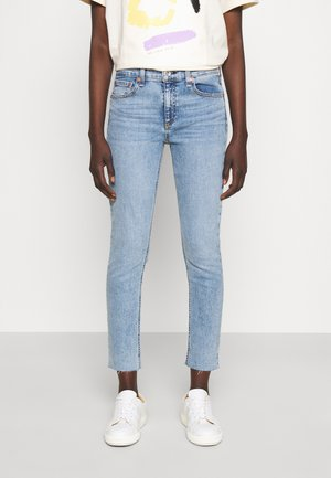 CATE MID RISE ANKLE WHITE LABEL - Jeans Skinny Fit - montrose