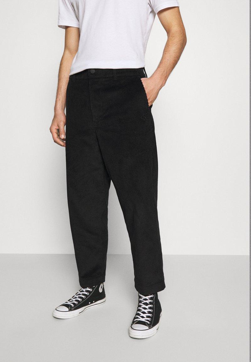 Calvin Klein Jeans - Chinos - black