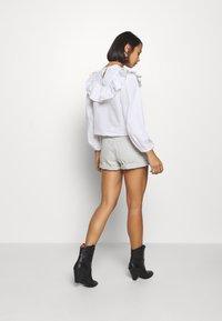 Dr.Denim Petite - JEN - Denim shorts - washed pinfire - 2