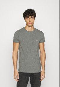 Tommy Hilfiger - STRETCH TEE - T-shirt basic - grey - 0