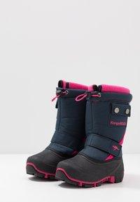 KangaROOS - BEAN II - Winter boots - dark navy/daisy pink - 3