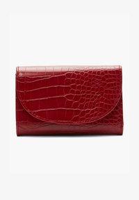 s.Oliver - Wallet - red - 0
