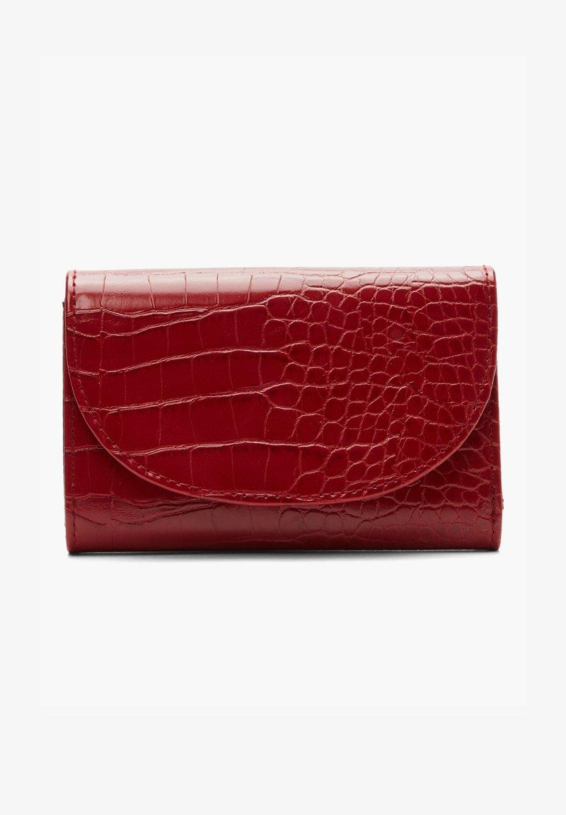 s.Oliver - Wallet - red
