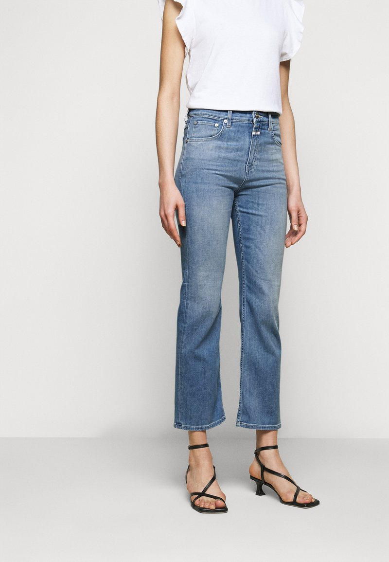 CLOSED - BAYLIN - Flared Jeans - mid blue
