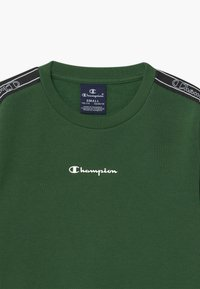 Champion - LEGACY AMERICAN TAPE CREWNECK - Bluza - dark green