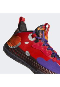 adidas Performance - Harden Vol. 5 Futurenatural BOOST LGHTSTRKE BASKETBALL SNEAKERS SHOES - Basketball shoes - red - 8