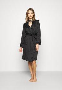 Hunkemöller - ROBE LONG - Dressing gown - black - 1