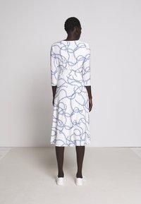 Lauren Ralph Lauren - PRINTED MATTE DRESS - Jerseyklänning - colonial cream - 2
