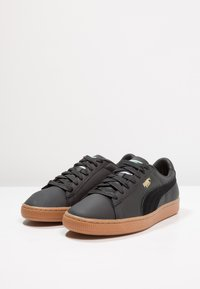Puma - BASKET CLASSIC DELUXE - Trainers - black - 2