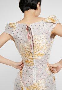 Vivienne Westwood - DEVANA DRESS - Sukienka koktajlowa - natural - 6