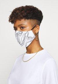 Even&Odd - 3 PACK - Látková maska - off-white/multi/black - 2