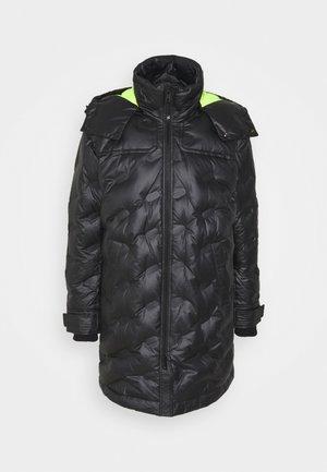 W-RUSSELL-LONG-THERMO JACKET - Zimní bunda - black