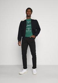 Mustang - VEGAS - Slim fit jeans - black denim - 1