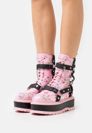 VEGAN YAMI - Cowboy/biker ankle boot - black/pink