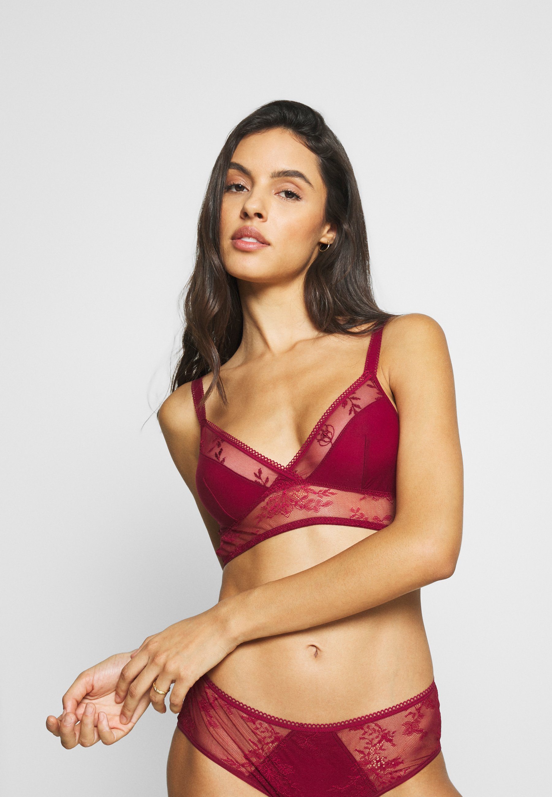 Women AURA BÜGELLOSER - Triangle bra