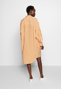 CLOSED - Skjortekjole - mango - 2