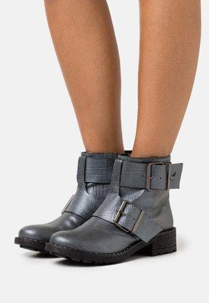 LONDRES - Cowboy/biker ankle boot - etain