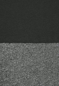 Pier One - Print T-shirt - black/mottled dark grey - 2