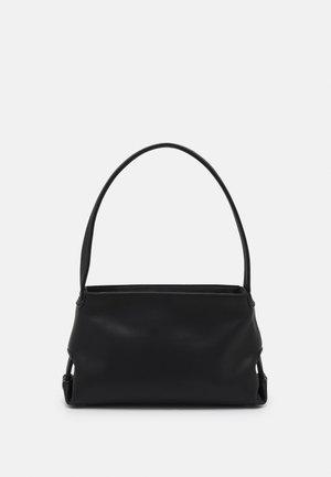 SCAPE SMALL STRUCTURE - Handbag - black