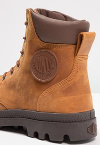 Palladium - PAMPA SPORT CUFF WATERPROOF LUX - Lace-up ankle boots - sunrise/carafe - 5