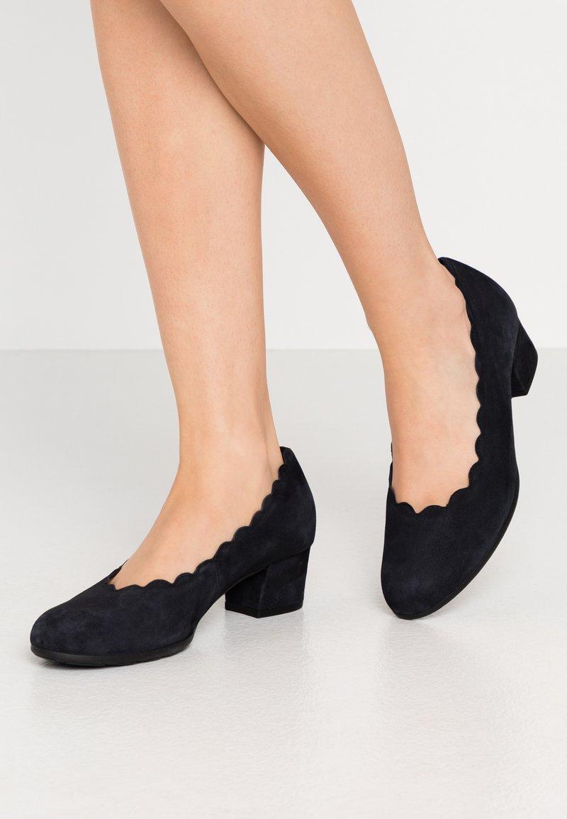 Gabor Comfort - Classic heels - pazifik