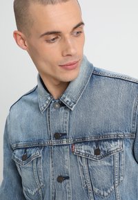 Levi's® - THE TRUCKER JACKET - Giacca di jeans - killebrew - 3