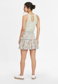 O'Neill - Pleated skirt - white with green - 2