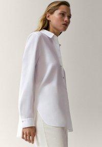 Massimo Dutti - UNIFARBENES - Button-down blouse - white - 5