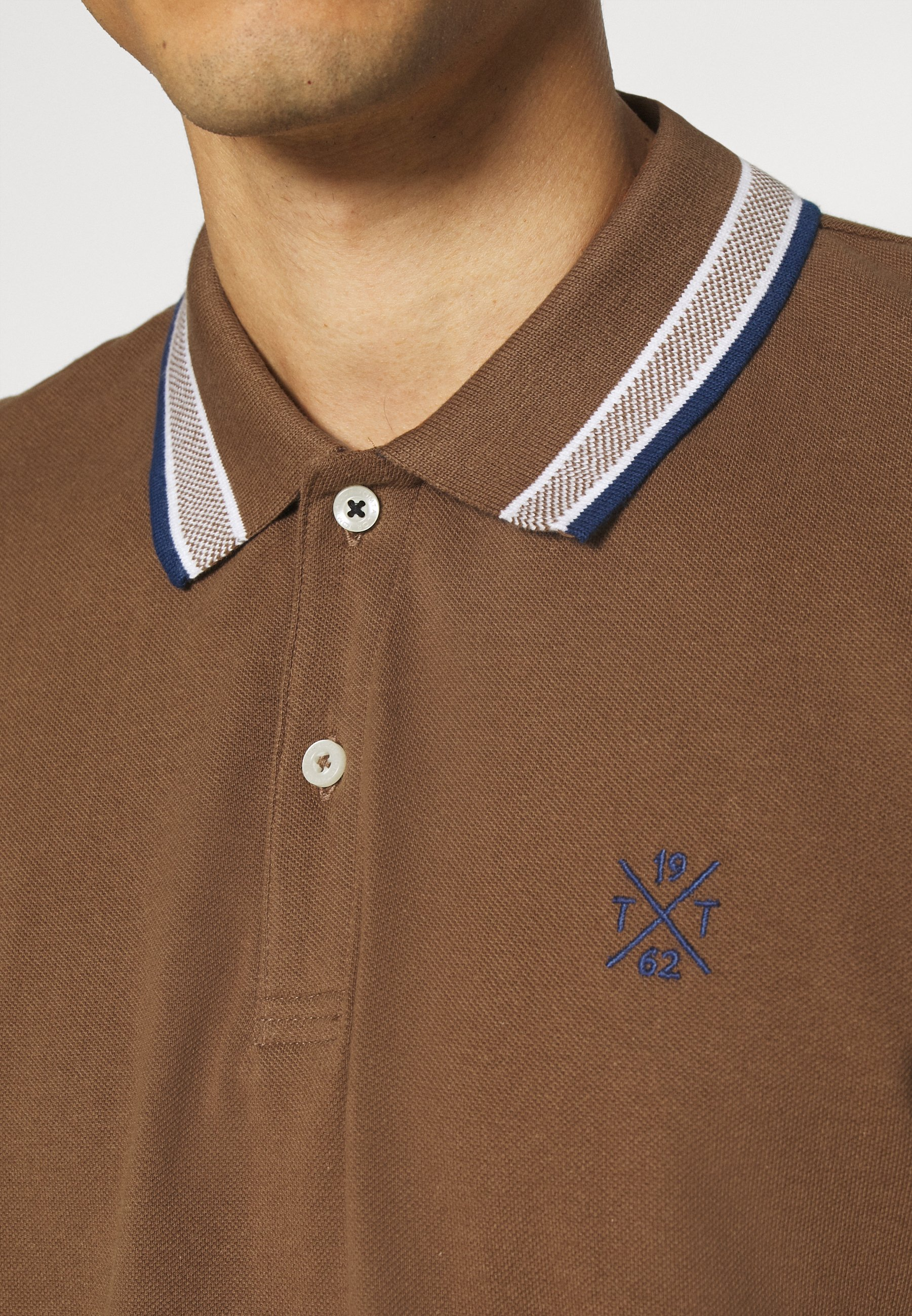 TOM TAILOR WORDING TIPPING - Polo shirt - brown oak ZhfsZ