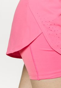 Nike Performance - ECLIPSE 2 IN 1 - kurze Sporthose - pink glow - 3